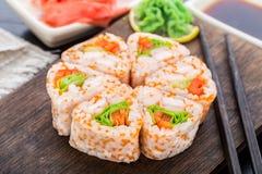 Fiore fatto del rotolo di sushi Immagine Stock Libera da Diritti