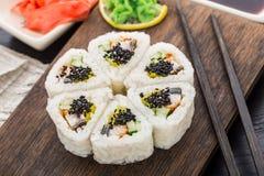 Fiore fatto del rotolo di sushi Immagini Stock Libere da Diritti