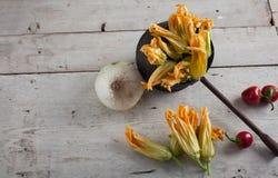 Fiore fresco dello zucchino Fotografie Stock Libere da Diritti