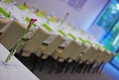 Fiore sulla tavola Fotografia Stock