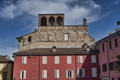 Fiorenzuola δ ` Arda Piacenza, παλαιά κτήρια Στοκ φωτογραφία με δικαίωμα ελεύθερης χρήσης