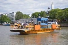` Fiori ` пассажирского парома на конце ауры реки вверх Финляндия turku Стоковое фото RF