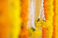 Fiori decorativi nelle nozze indiane Fotografie Stock Libere da Diritti