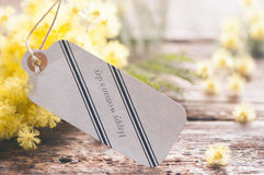 Fiori della mimosa e 8 marzo della cartolina Fotografia Stock Libera da Diritti