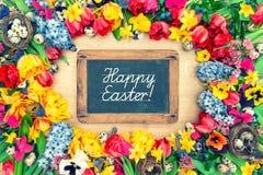 Fiori della sorgente ed uova di Pasqua Tulipani, narciso, giacinto e Fotografia Stock