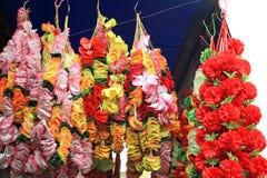 Attaccatura di plastica artificiale dei fiori Fotografia Stock