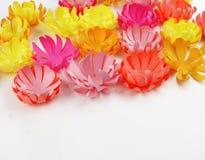 Fiori fatti di carta Il bouganvilla di carta di Flower Sorgente fotografia stock