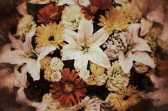 Fiori, fiori resi di tessuto variopinti Fotografia Stock