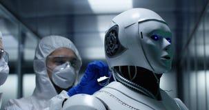 Fios da fixação do coordenador no controle do robô fotos de stock royalty free