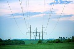Fios da linha elétrica do verão Imagens de Stock Royalty Free