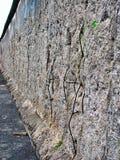 Fios em Berlin Wall foto de stock royalty free