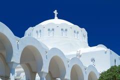 Fira城镇大教堂Santorini海岛的 库存图片