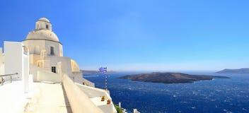 Fira的,圣托里尼,基克拉泽斯,希腊全景 库存图片