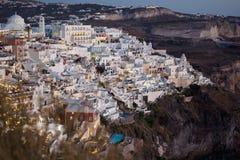 Fira镇日落视图圣托里尼的在希腊 免版税图库摄影