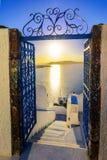 Fira, остров Santorini, Греция Взгляд над кальдерой, a захода солнца стоковое изображение