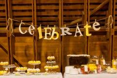 Fira bröllopdekoren Arkivfoton