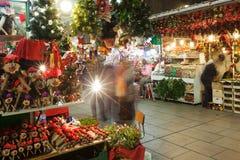 Fira de圣诞老人Llucia -在大教堂附近的圣诞节市场。Barcelon 免版税图库摄影