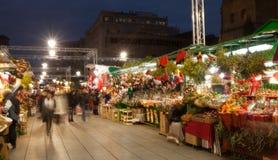 Fira de圣诞老人Llucia -在大教堂附近的圣诞节市场 库存照片