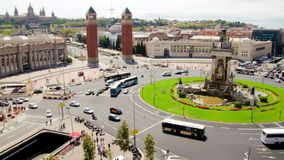 Fira de Barcelona Square Life Traffic Time Lapse. Vehicles and pedestrians in the Plaza Spain in Fira de Barcelona stock video