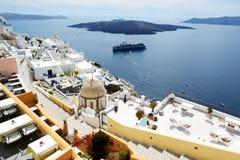 Fira miasteczko z widokiem na morzu egejskim Fotografia Stock
