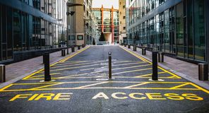 Free Fire Access Keep Clear With Yellow Paint On A Path For Firefighters In In Dublin, Ireland Royalty Free Stock Photos - 149614928