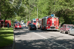 Fire in apartment building, fire engines Stock Photography