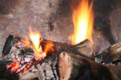 Fire Burning in Fireplace Royalty Free Stock Photos