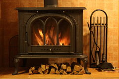 Fire burning in the fireplace Royalty Free Stock Photography