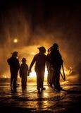 Firebeing di sorveglianza del bambino messo fuori Fotografie Stock