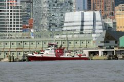 343 Fireboat NYC Том Wurl Стоковые Изображения