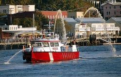 Fireboat sul fiume di timore del capo fotografia stock libera da diritti