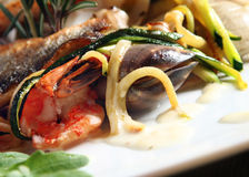 Fired Fish And Sea-food Royalty Free Stock Photos