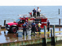 Firefigters bei der Arbeit Lizenzfreies Stockfoto
