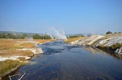 Firehole河视图 库存图片