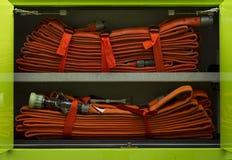 Firehose in einem Firetruck Lizenzfreies Stockbild