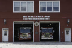Firehouse- och första hjälpenstation Royaltyfri Foto