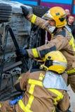 Fireman'stentoonstelling op dorp Palamos Geïmiteerd autoongeval, met één gelaedeerde 10 maart, 2018, Spanje Stock Foto's