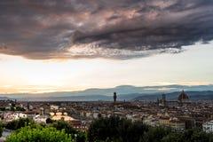 Firenza ως ενάρξεις ήλιων που θέτουν Στοκ Εικόνες
