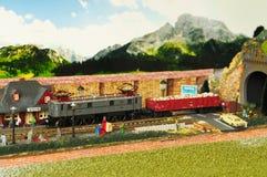 Firenze, ITALIA - 18 marzo 2019: Modellismo ferroviario miniatura con i treni fotografie stock libere da diritti