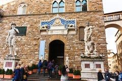 FIRENZE ITALIEN - Februari 06, 2017 - David staty vid Michelangel Arkivfoto