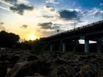 ¥ firesðŸ захода солнца» Стоковое Изображение RF