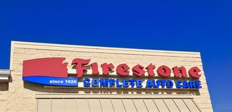 Firestone opieki Zupełny Auto centrum Obrazy Stock