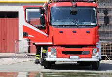 FIRETRUCK in the barracks of the fire brigade Royalty Free Stock Photos