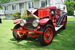 Firetruck do vintage Fotos de Stock Royalty Free