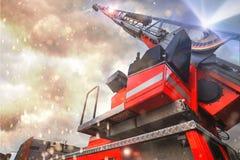 Firetruck nel comporre di azione immagini stock