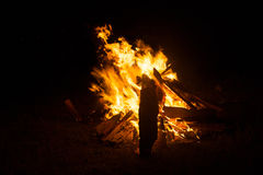 Firewoods het branden royalty-vrije stock afbeeldingen