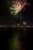 fireworks over water Στοκ εικόνα με δικαίωμα ελεύθερης χρήσης