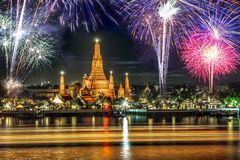 Fireworks at wat arun rajwararam, Aruntemple. Shot from river side Stock Photography