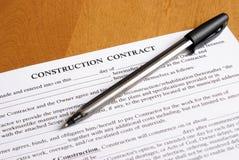 Firma del trato del contrato Foto de archivo libre de regalías
