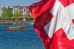 Firma der Schweiz Genf von traditionellen Läufen eine Seenavigation Stockbilder